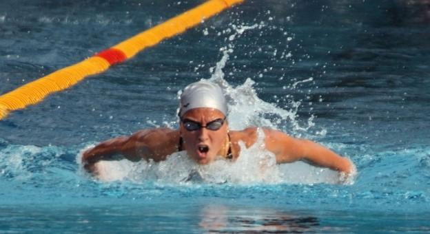 水泳で肩が痛い、どこがなにが原因?