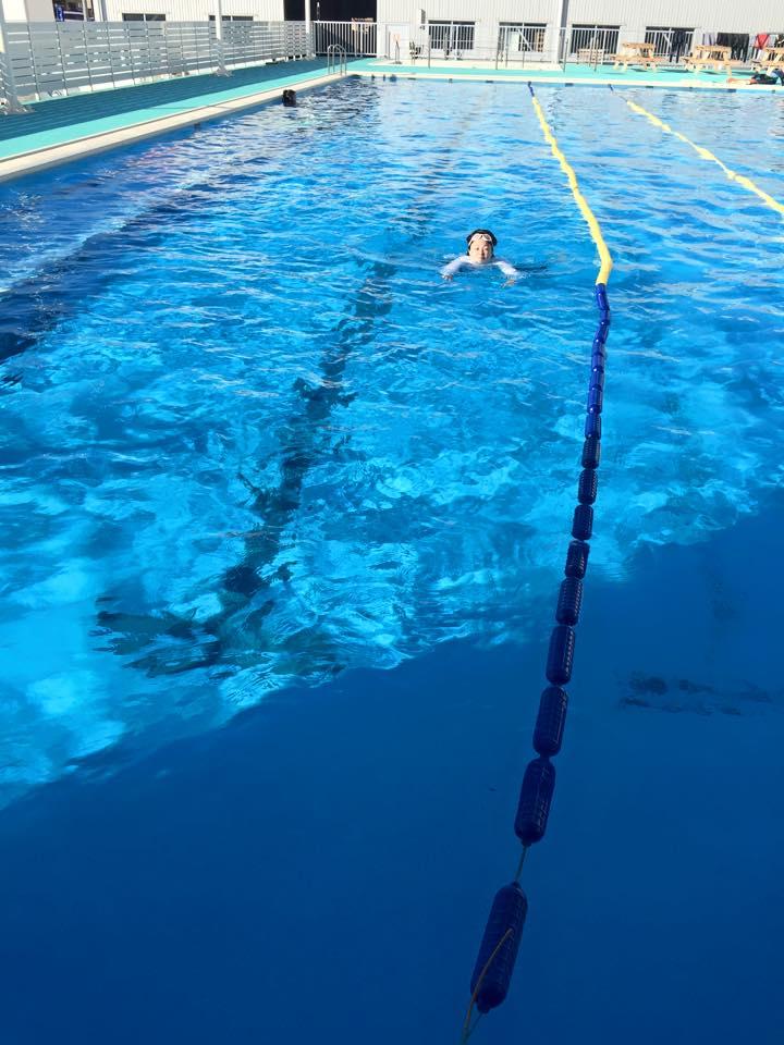 妻泳ぐ!!水泳指導。